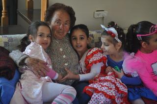 סבתא פאני וילדי הגן