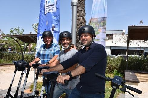 רוכבים בקיסריה