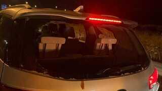 רכב שניזוק במהלך התקיפה