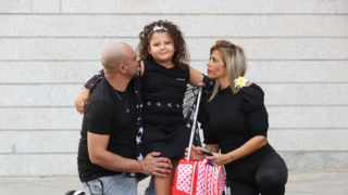 ליאן אדל דדשוב עם הוריה
