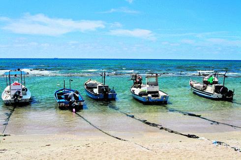 מועדון ימי בחלקו הצפוני. חוף הדייגים   צילום: אסף פרידמן
